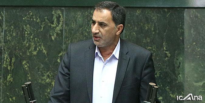 رئیس مجمع نمایندگان استان در واکنش به احتمال فروش سهام فولاد اکسین:اجازه فروش سهام هیچکدام از شرکتهای فولادی خوزستان را نمیدهیم